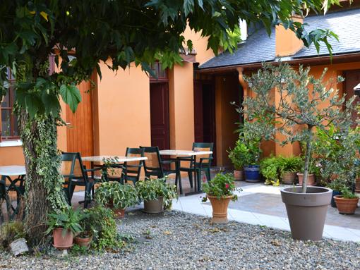 Terrasse Restaurant Hôtel de la Gare Pierrefitte-Nestalas entre Argelès-Gazost et Cauterets