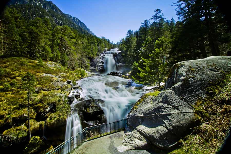 Les cascades du Pont d'Espagne au dessus de Cauterets Hautes Pyrénées (65)