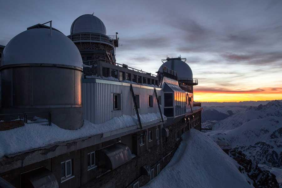 Couche de soleil au Pic du Midi de Bigorre