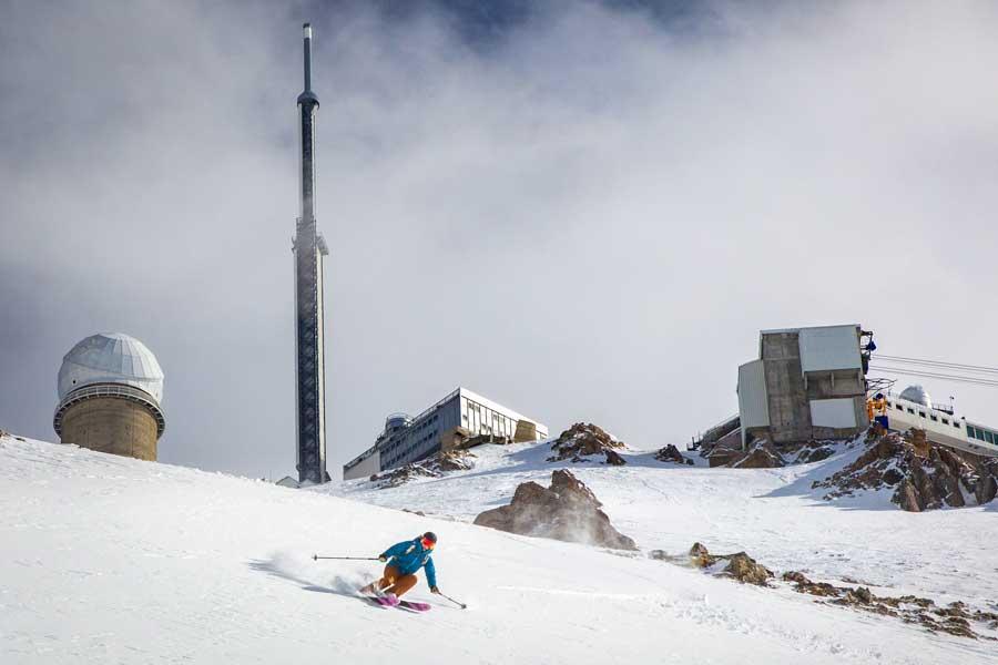 Descente du Pic du Midi en ski Hautes Pyrénées