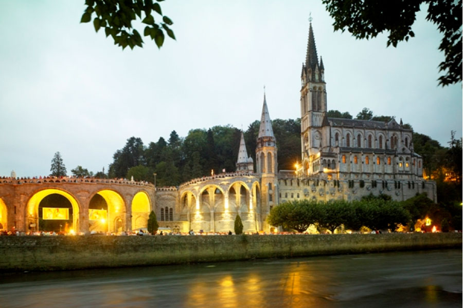 Les sanctuaires de Lourdes
