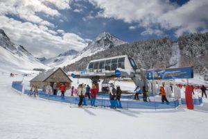 Le ski au Grand Tourmalet remontée mécanique